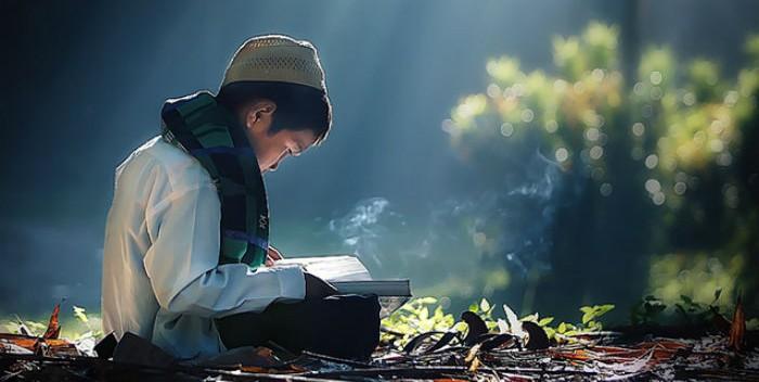Kewajiban-Menuntut-Ilmu-Agama